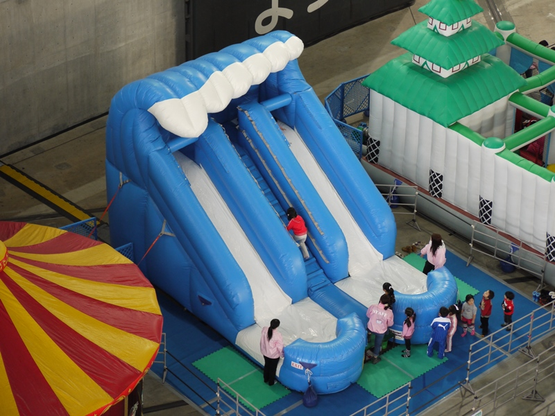 【イベントレンタル】スライダー型エア遊具【サーフィンスライダー】